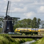 Dutch rail network exceeds target to become fully wind powered