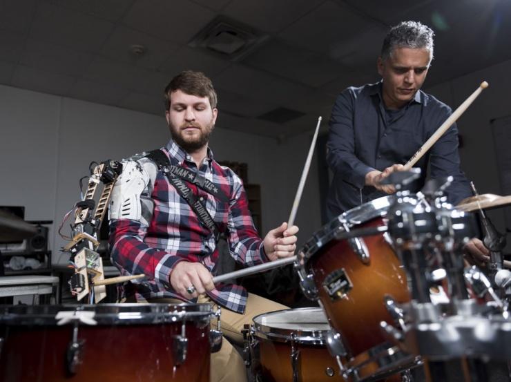 robotic-drummer