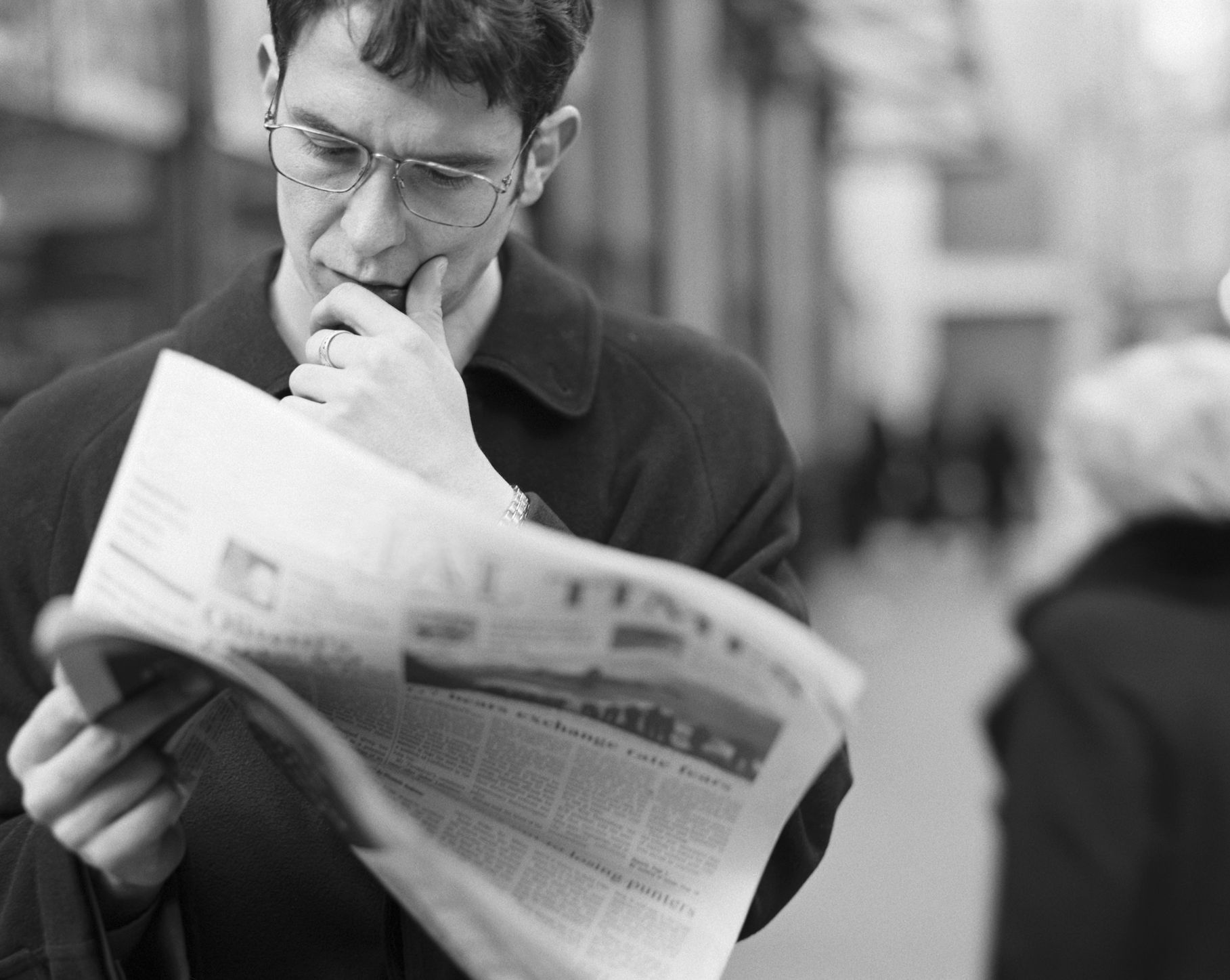 reading newspaper as a habit Buffett takes this habit to the extreme  if reading as a pathway to success isn't enough to get you motivated, consider these health benefits of.