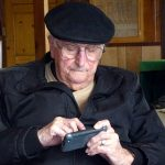 smartphone-old-age